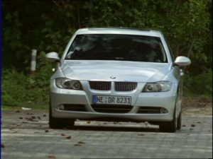 BMW 330i [E90]